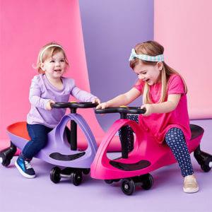 lợi ích mang lại của xe lắc cho bé 1 tuổi