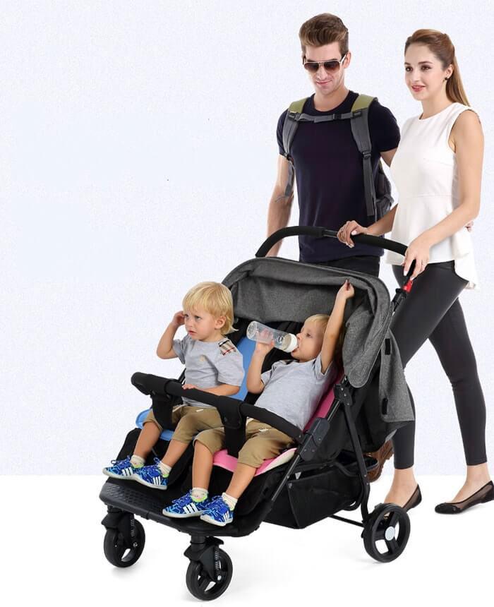 Có nên mua xe đẩy đôi khi có 2 bé sinh đôi không 1