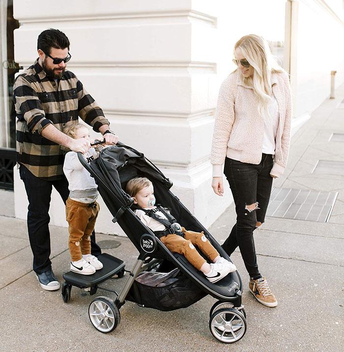 Trẻ mấy tháng tuổi ngồi được xe đẩy 1