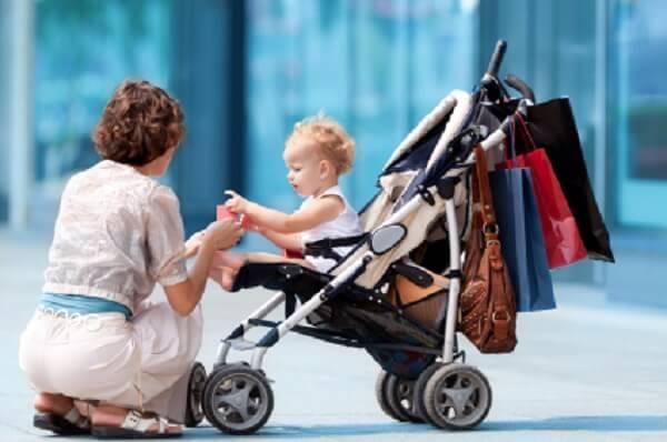 Trẻ mấy tháng tuổi ngồi được xe đẩy?